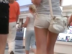 Hot blonde in short shorts is pure street candid gold