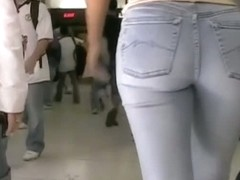 Spy cam street view of hot girls tight asses in tight jeans