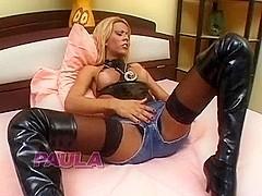 TS Paula in threeway fucking