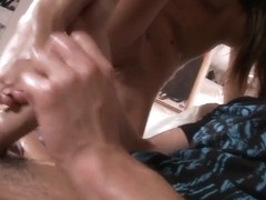 Madelyne Marie gives horny boyfriend amazing footjob