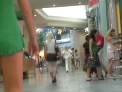 Amateur blonde ass candid voyeur video