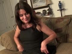 Older mature landlady Lori toying by EuropeMature