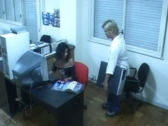 Office worker enjoys fuck
