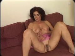 Mature slut masturbates before blowjob and fucking