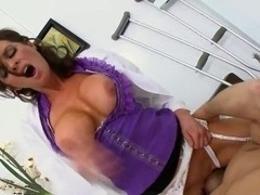 Ramon tests modern ways of treatment by super busty brunette doctor Veronica Avluv