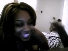 Dark GF sucks her boyfriend on livecam