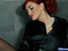 Classy redhead pussyfucked through gloryhole