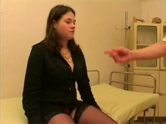 GoldenPassions Video: Speculum Mouth Peeing