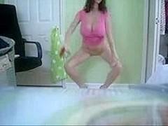Chubby dance on cam