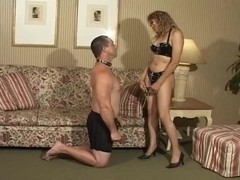 Latex Sexy tranny keeps her lover on a leash