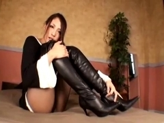 Knee High Lengthy Boots Gorgeous Cutie