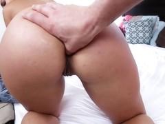 Kelsi Monroe in Twerking Hottie's Anal Pounding - LetsTryAnal
