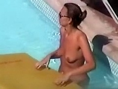 hedonism iii naked chick at pool
