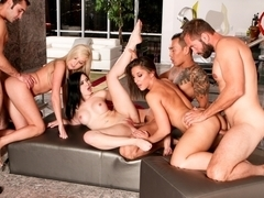 Mischa Brooks,Angell Summers,Callie Cobra,Keni Styles,Daniel Hunter,Eric Swiss in Neighborhood Swi.