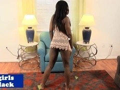 Black amateur tranny jerking off