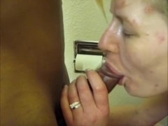 I�m blowing my black bf�s cock