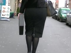 Candid big ass in tight business skirt
