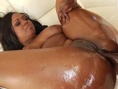 Ebony babe enjoys getting her hot asshole pulverized