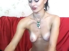 AelitaLuv took off her clothes