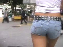 Candid jeans butts are waved by their hot Asian owners armd00488A