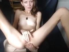 Thin cam girl Gerda4U masturbates