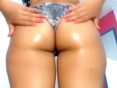 keniaguibson secret clip on 07/11/15 15:58 from Chaturbate
