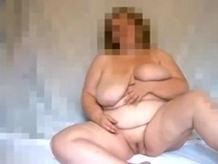 Naughty obese blondie plays with her kewl dirty cleft on webcam