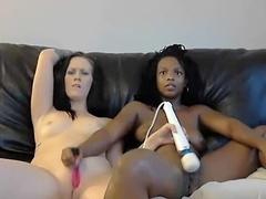 Black and white girls wanna cum hard