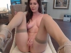 Dirty talking girl has multiple orgasms with dildo & hitachi