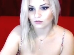 Cam blonde Julieette posing nude