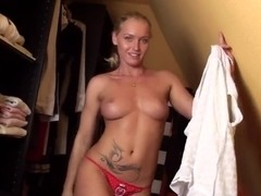 Kathia Nobili is going to demonstrate body