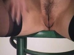 Susanna Francessca slit-show striptease