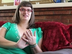 Perfect BBW Betty rubs her hairy clit on the couch