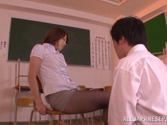 Sexy Asian teacher Tamaki Nakaoka gets banged