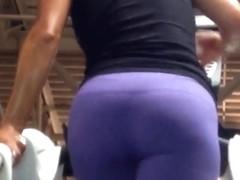 Sexy Arabic ass faceshot