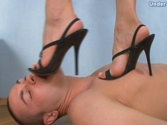 Under-Feet Video: Karolina