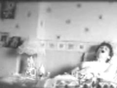 Mom masturbatinghard in bed - hidden cam
