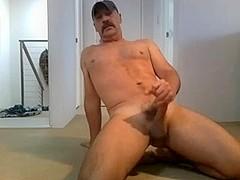 Sexy Dad's Intense Orgasm