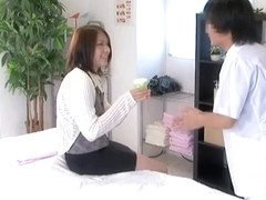 Sexy asian lady is fucked hard in hidden cam massage movie