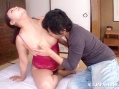 Neko Ayami mature Asian babe gets pussy licked