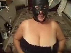 This porn video is showing an amateur chubby fucking
