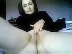 Mature amateur mature MILF on webcam