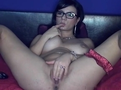 Doxy nude and masturbating on webcam
