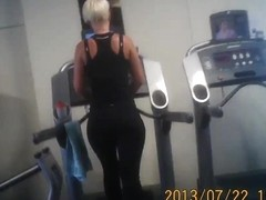 Great ass on treadmil