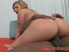 Hot MILF, Velicity Von, is Hungry for a Giant Black Dong!
