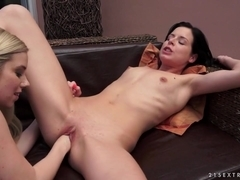 21Sextreme Video: Fisting Session with Nesty and Daniella