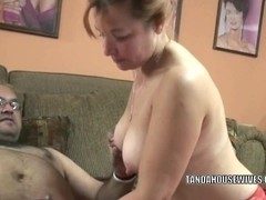 Curvy mother I'd like to fuck Liisa takes some strapon in her aged muff