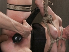 Amazing fetish adult video with crazy pornstars Siouxsie Q and Owen Gray from Dungeonsex