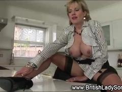 British Lady Sonia toys meat pie