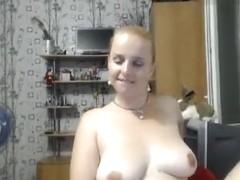 Blonde Xhelenx1 masturbates